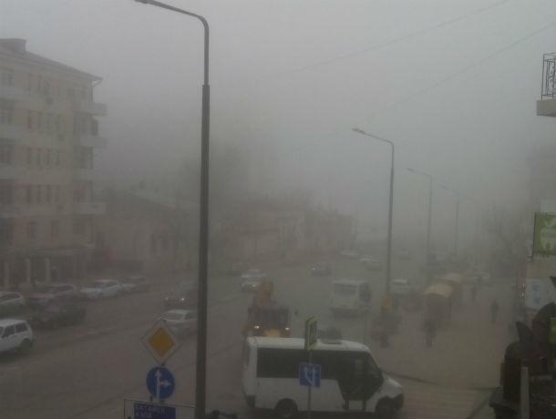 Жители проклинают дымящие заводы, из-за которых воздух стал в полтора раза грязнее в Ростове