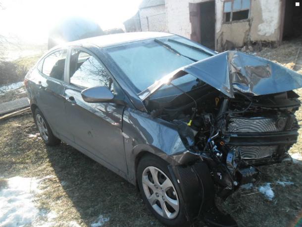 Оказавшаяся на встречке автоледи покалечила водителя Hyundai в Ростовской области