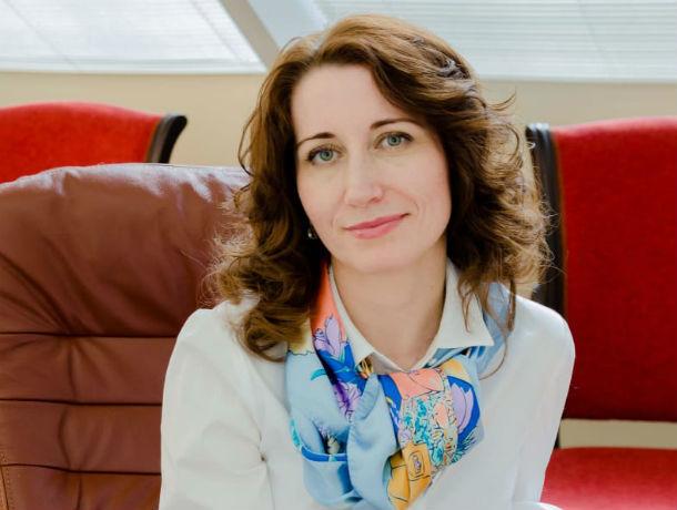 В прямом эфире на вопросы ответит организатор проекта «Финансовая академия» Елена Шитуева