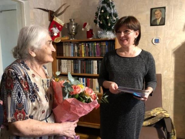«Блокнот Ростов» поздравляет ростовчанку Веру Ефремовну Оганесову со 100-летним юбилеем!