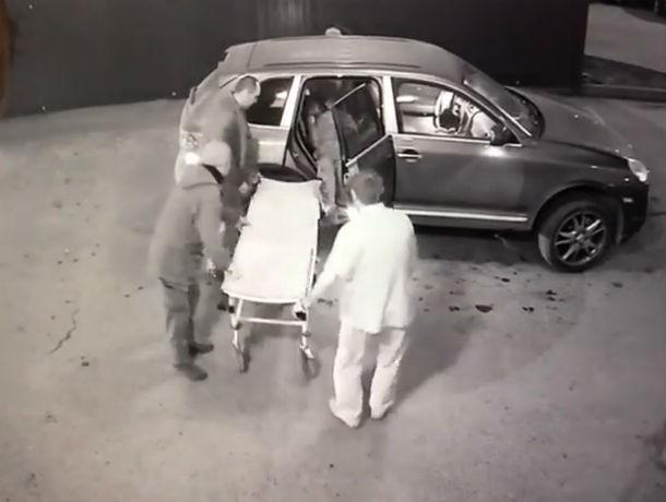 В Ростове задержали подозреваемого в убийстве мужчины в кафе на Северном