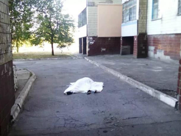 Молодую жительницу Ростова убили и выбросили из окна многоэтажки в  Казани