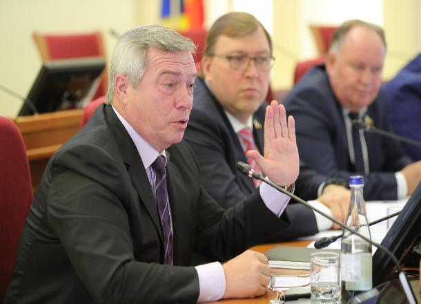 Голубев назвал утопией строительство школ и больниц по всей области