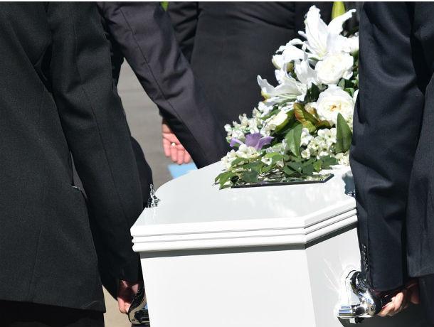 Победили смерть: жуткая находка в мусорном жбане шокировала ростовчан