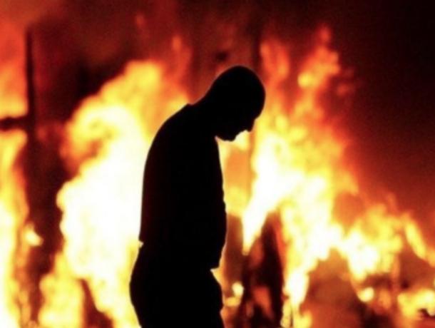 Тела троих детей и одного взрослого обнаружили на месте пожара в частном доме Ростовской области