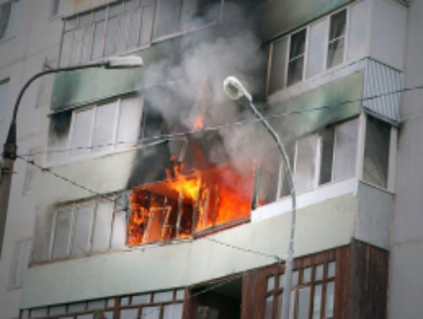 Подвыпивший пироман специально поджег свою квартиру в многоэтажном доме Ростова
