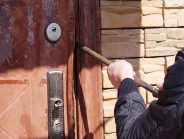 Сдонского фермерского хозяйства похитили имущество на млн. руб.