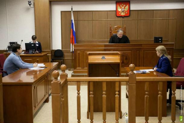 Собиравший через смс деньги на джип начальник ГИБДД проиграл суд о восстановлении на службе в Ростовской области