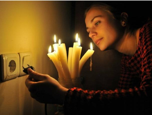 Жители проспекта Шолохова на два дня останутся без света