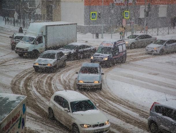 Снежный паралич: кто заработал на транспортном коллапсе в Ростове