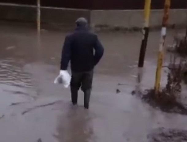 Жители дачного товарищества «Садовод-Любитель» снова не могут покинуть свои дома из-за потопа