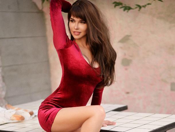 Сексуальная звезда Playboy Мария Лиман пожелала выпить чего-нибудь необычного перед сном