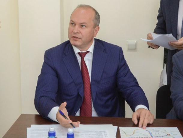 Имидж Кушнареву подпортила Александровская роща и уход Сакеллариуса, но в «рейтинге мэров» он вырос