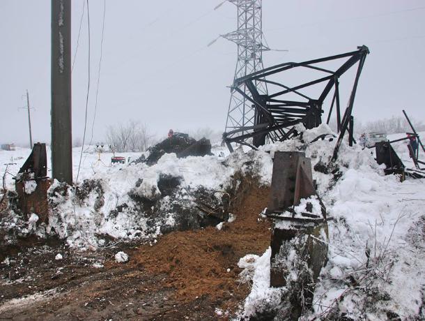 В правительстве признали, что ЛЭП в Красном Сулине и Гуково рухнули из-за массового воровства металла