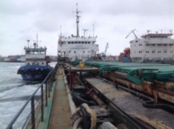 Морское судно за 103 миллиона арестовали в Ростовской области