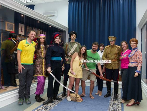 Солеными огурцами, медом и казаками порадуют мексиканских и корейских фанатов в Ростове