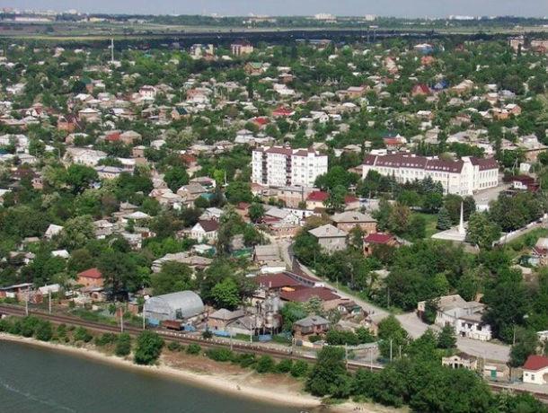 Восемь тысяч жителей Аксая в ужасе от перспективы стать ростовчанами