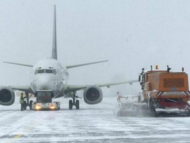 Вростовском аэропорту из-за тумана задержали 18 рейсов
