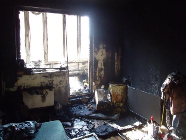 Супруги заживо сгорели в страшном ночном пожаре в многоэтажке Ростова