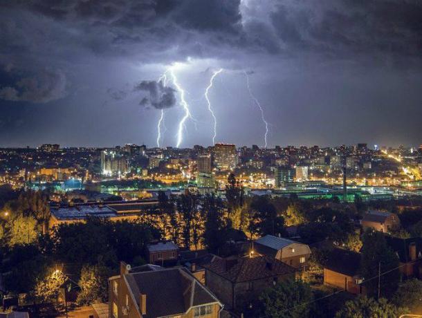 Дожди и грозы ударят в середине недели по раскаленному солнцем Ростову