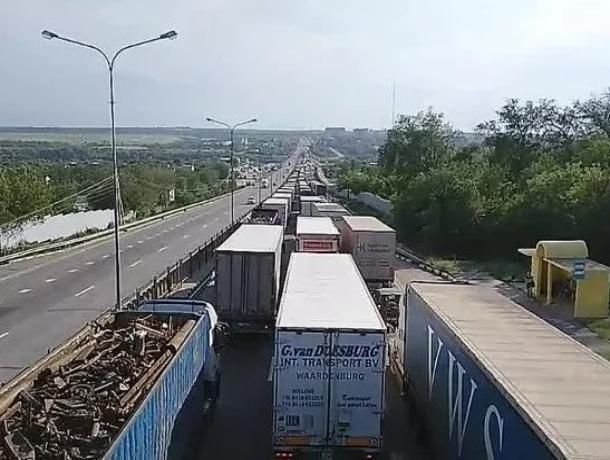 В летний сезон часть федеральной трассы М-4 пройдет по наплавному мосту