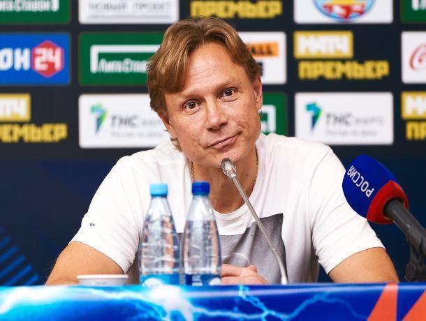 Валерий Карпин второй раз подряд стал лучшим тренером РПЛ