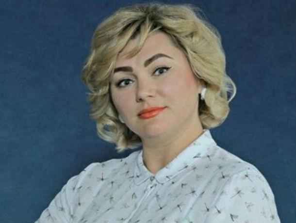 Лучший муниципальный служащий 2017 года Ростовской области начала давать показания против своего начальника