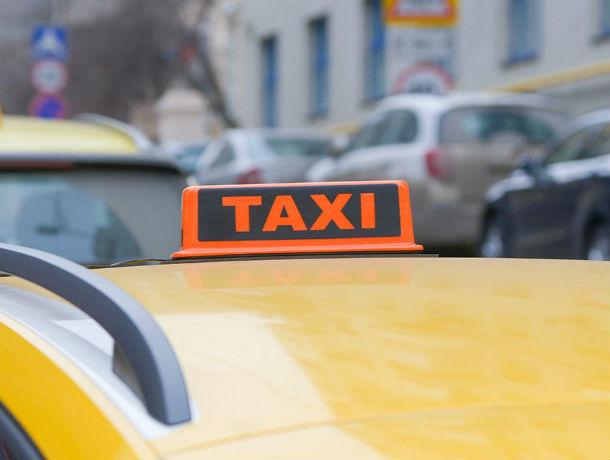 В Ростовской области началась «охота» на «не желтые» и «не белые» такси