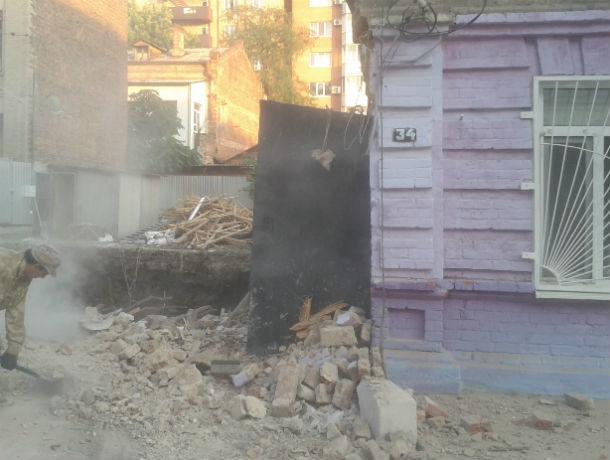 Целый год живущие в развалинах ростовчане стали невидимками для городских властей