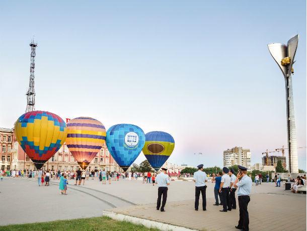 Огромные воздушные шары взмоют в небо над Таганрогским заливом под Ростовом