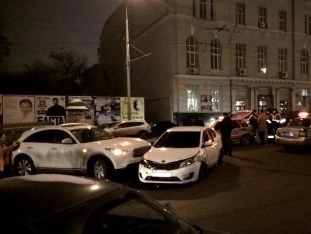 Вцентре Ростова из-за происшествия надороге прослеживается внушительная пробка