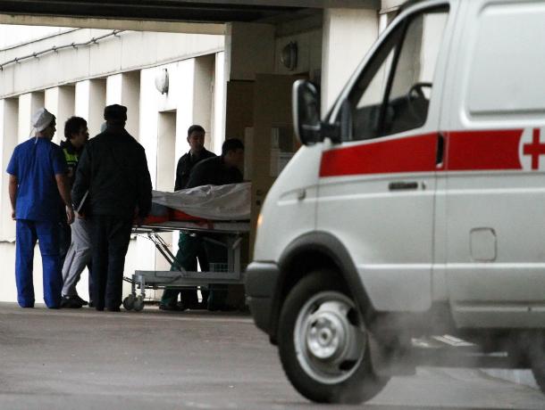 Два человека пострадали в жутком лобовом ДТП с иномаркой и «Газелью» на трассе под Ростовом