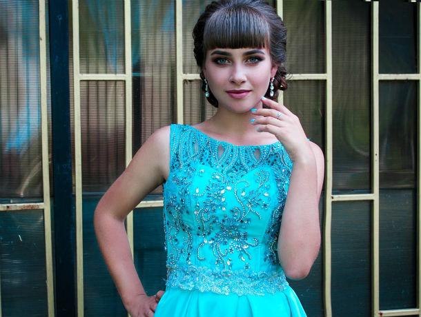 «Никогда не отказывайся от своей мечты»: фармацевт Алина Попович в конкурсе «Мисс Блокнот Ростов-2019»