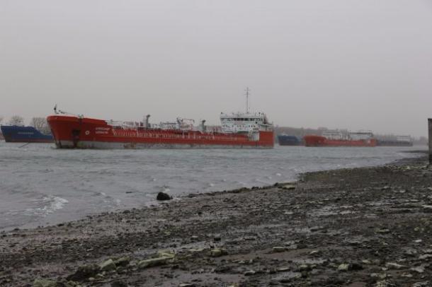 МЧС объявило штормовое предупреждение всвязи собмелением реки Дон