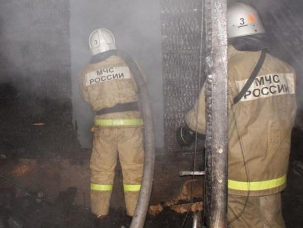 Мужчина заживо сгорел в заброшенной постройке под Ростовом