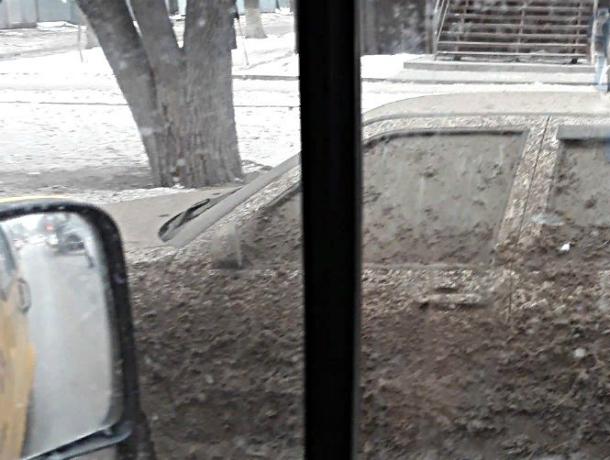 Неудачно припарковавшийся ростовчанин долго будет вспоминать сегодняшний день