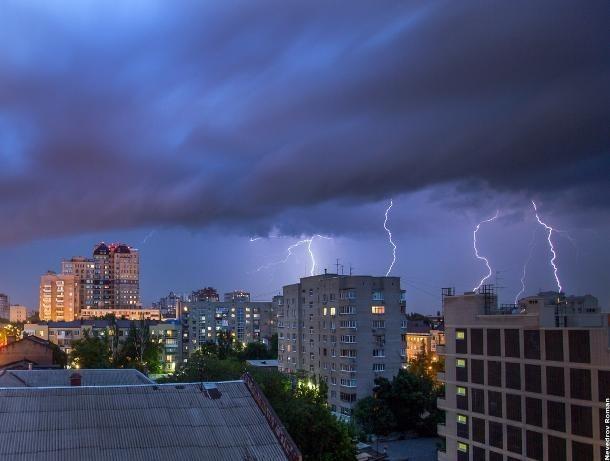 В Ростовской области ожидаются ливни со шквальным ветром