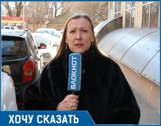 «Мы боимся заходить в подъезд»: ростовчанка пожаловалась на «кирпичный дождь» в своем доме