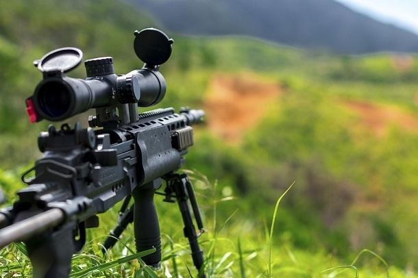 Лазерные прицелы и тепловизоры: снайперы Южного военного округа вооружились до зубов