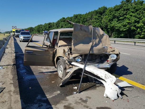 В страшной аварии на трассе М-4 «Дон» пострадали мама и четырехлетняя девочка