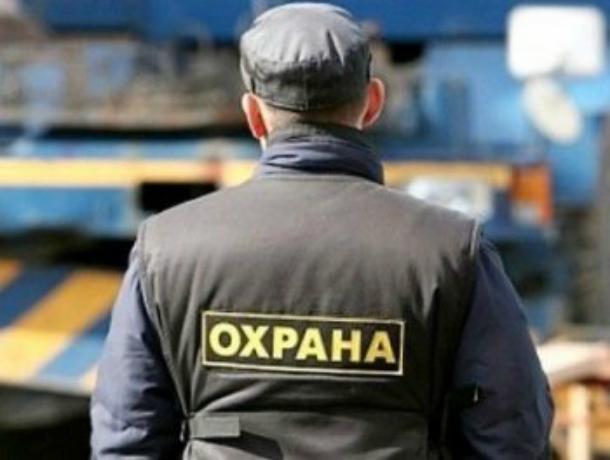 «И далеко везти не надо»: сотрудники ЧОПа толпой избили дебошира в городской больнице Ростова