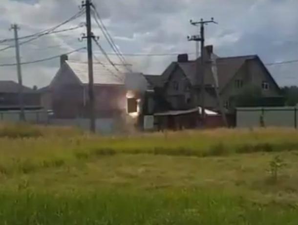 Впоселке Янтарный под Ростовом взорвался трансформатор