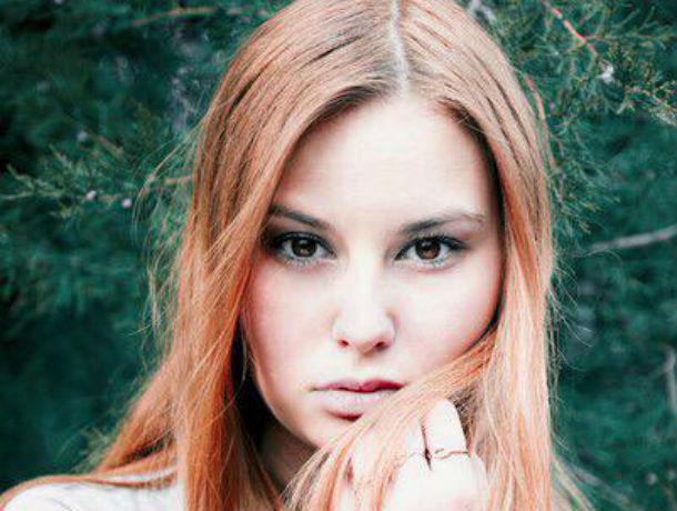 Загадочная участница конкурса «Мисс Блокнот Ростов-2019» Юлия Вишнякова показала себя на видео