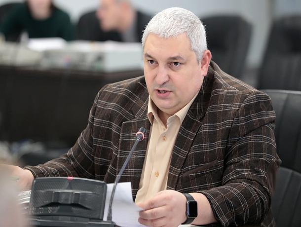 Бывшего министра строительства Ростовской области отпустили под домашний арест
