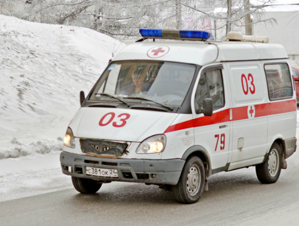 Ребенок пострадал встолкновении фургона илегкового авто натрассе М4 «Дон»