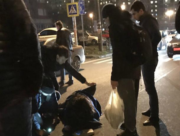 ВРостове наЗападном «Нива» сбила напереходе девушку-пешехода