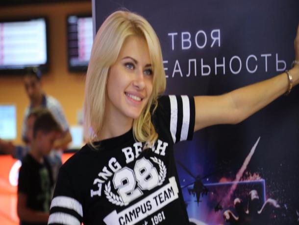 Екатерина Цыганова примерила на себя роль «секретного агента» конкурса «Мисс Блокнот Ростов-2017»
