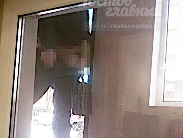Неадекватный мужчина, с голым «достоинством» наперевес, привел в ужас ростовчан
