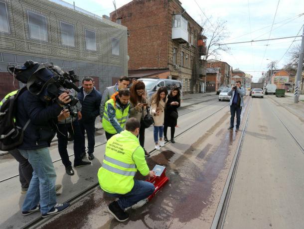 «Качество дорог в Ростове – на «четыре с минусом»: городские улицы проверила инспекция ОНФ