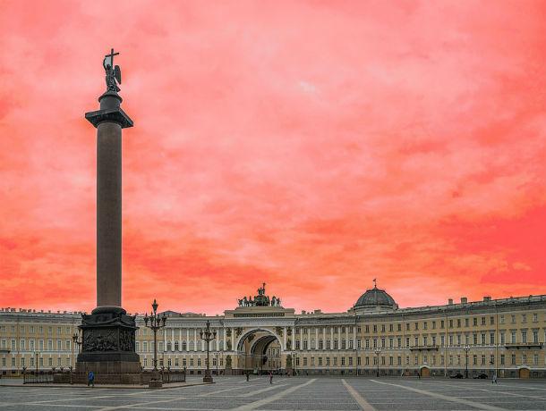 Бой курантов на Дворцовой площади: летим на Новый год из Ростова в Санкт-Петербург